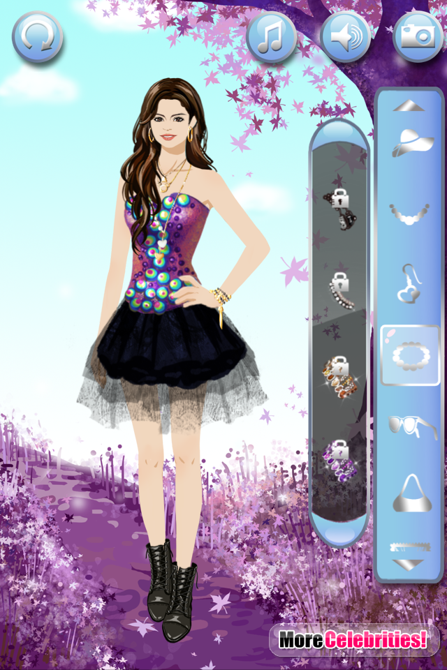 Dress Up Selena Gomez
