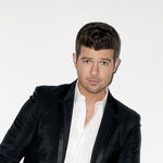 View artist Robin Thicke