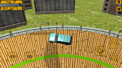 Prado Well of Death Stunt screenshot 1